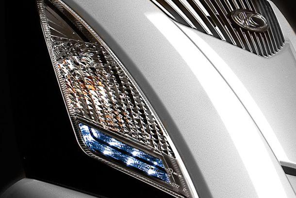 Motorroller 300ccm - Kymco People GT 300i | Leuchtstarkes LED-Standlicht und LED-Blinker