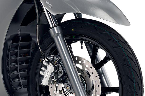 Motorroller 300ccm - Kymco People GT 300i | Dreikolben-Bremszange mit ABS